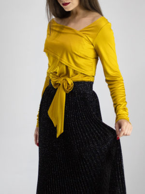 Ofilia's Yellow Ochre Blouse