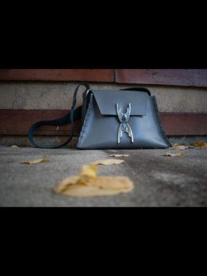"Individual ""Familiar"" Shoulder Bag"