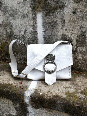 """Running to the sea"" Shoulder Bag White"