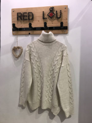 Chaton Olsen Knit Sweater Ecru