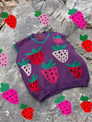 Ode Strawberries Vest